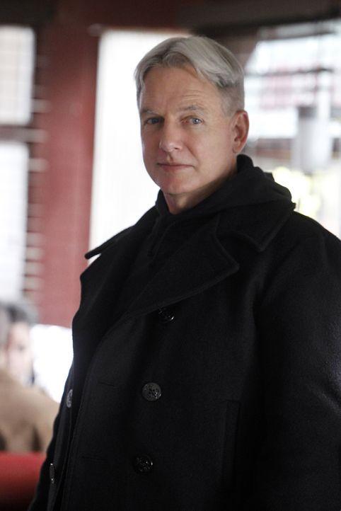 Sieht sich mit all den Entscheidungen, die er im Laufe seines Lebens getroffen hat konfrontiert: Gibbs (Mark Harmon) ... - Bildquelle: CBS Television
