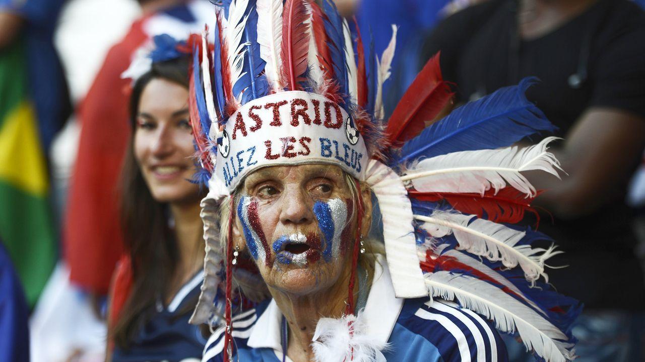 frankreich-fan-12-06-12-AFP.jpg - Bildquelle: AFP
