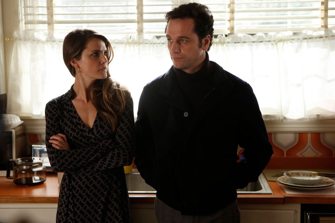 Die neue Situation zwischen Elizabeth (Keri Russell, l.) und Phillip (Matthew Rhys, r.) sorgt für etliche Probleme ... - Bildquelle: Motion Picture   2013 Twentieth Century Fox Film Corporation and Bluebush Productions, LLC. All rights reserved.