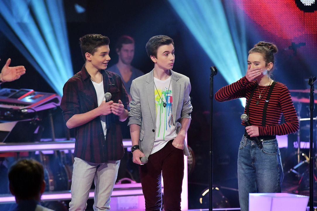 The-Voice-Kids-Stf03-Epi06-Auftritte-15-Julian-Alperen-Anna-SAT1-Andre-Kowalski - Bildquelle: SAT.1/ Andre Kowalski