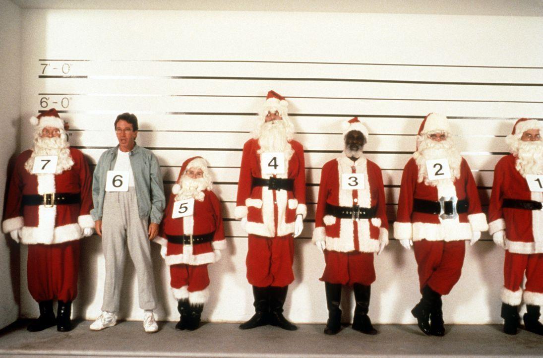 Weihnachtsmann Scott (Tim Allen, 2.v.l.) und seine knallharten Konkurrenten ... - Bildquelle: Buena Vista Pictures