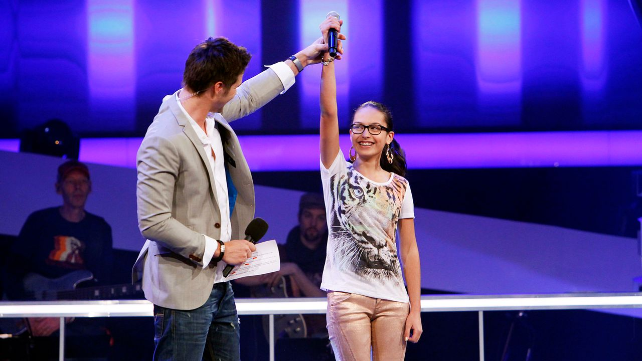 The-Voice-Kids-epi05-Maira-3-SAT1-Richard-Huebner - Bildquelle: SAT.1/Richard Hübner