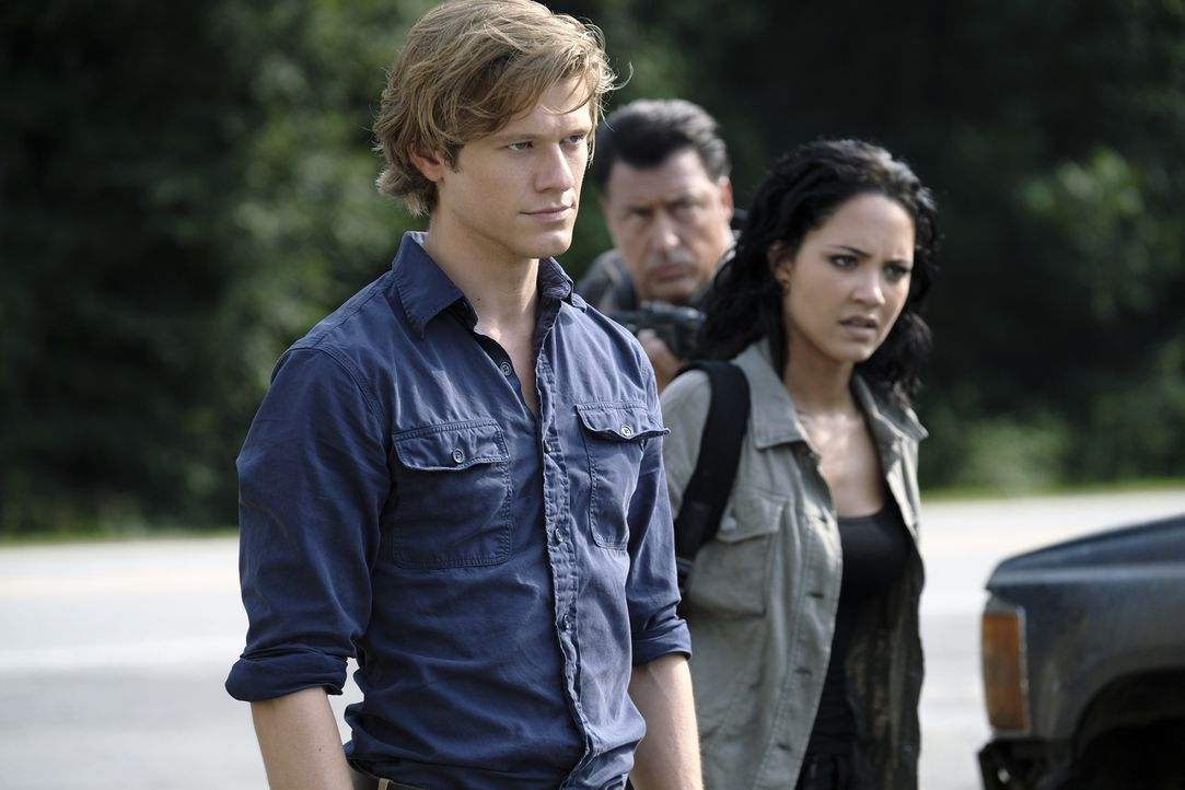 MacGyver (Lucas Till, l.); Riley Davis (Tristin Mays, r.) - Bildquelle: Guy D'Alema 2018 CBS Broadcasting, Inc. All Rights Reserved.