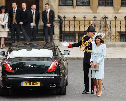 William-Kate-Westminster-Abbey-Carole-Middleton-11-04-29-500_404_AFP - Bildquelle: AFP