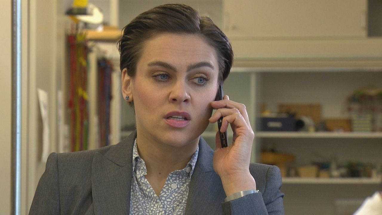 Ellen Tiedemann (Nina Burri) - Bildquelle: SAT.1