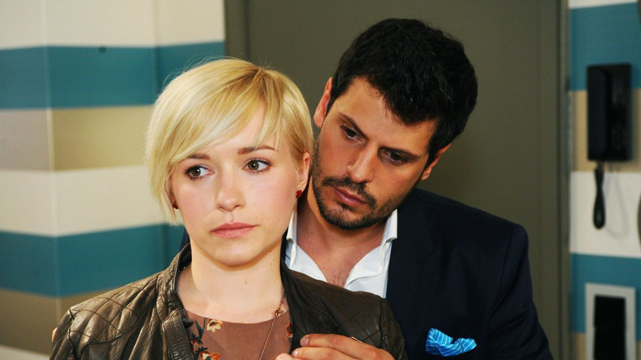 Anna-und-die-Liebe-Folge-815-01-Sat1-Oliver-Ziebe - Bildquelle: SAT.1/Oliver Ziebe