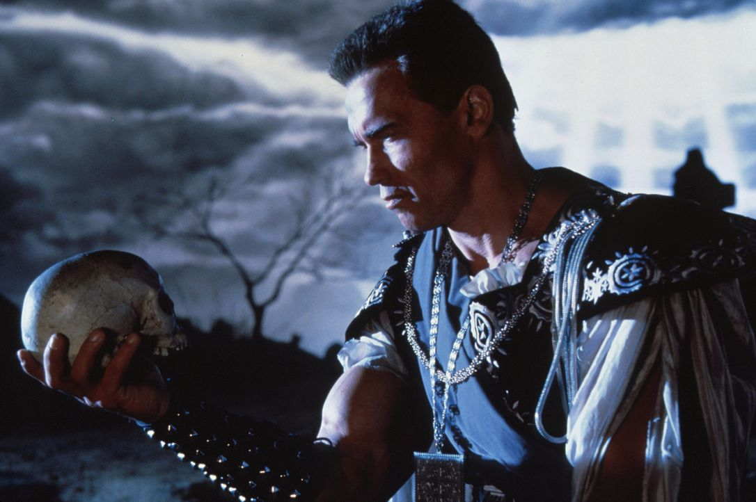 """""""Sein oder Nicht-Sein"""" - das Zaudern ist Hamlet Schwarzeneggers Sache nicht ... - Bildquelle: Columbia Pictures"""