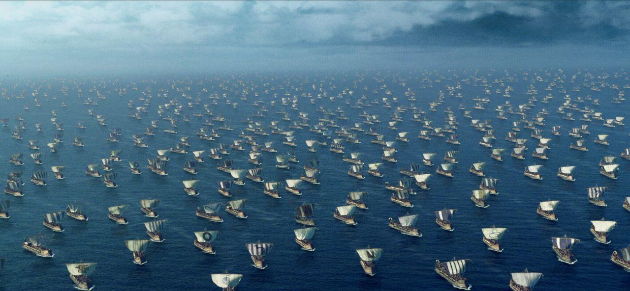 Die Rache lässt nicht lange auf sich warten. Tausende griechischer Kriegsschiffe landen an den trojanischen Gestaden ... - Bildquelle: Warner Brothers International Television
