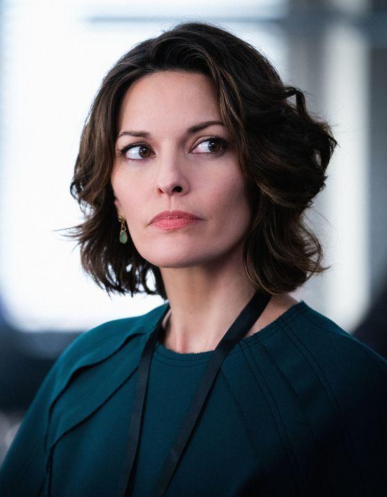 Isobel Castille (Alana De la Garza) - Bildquelle: Mark Schafer 2019 CBS Broadcasting, Inc. All Rights Reserved. / Mark Schafer