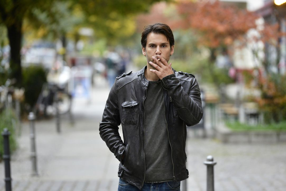 Nick (Florian Odendahl) muss realisieren, wie leer sein Leben ohne Mila wäre ... - Bildquelle: Oliver Ziebe sixx