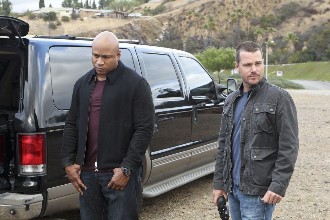 Ein neuer Fall wartet auf Callen (Chris O'Donnell, r.) und Sam (LL Cool J, l.) ... - Bildquelle: CBS Studios Inc. All Rights Reserved.