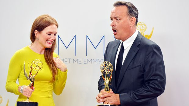 emmy-awards-julianne-moore-tom-hanks-12-09-23-getty-AFP - Bildquelle: getty-AFP