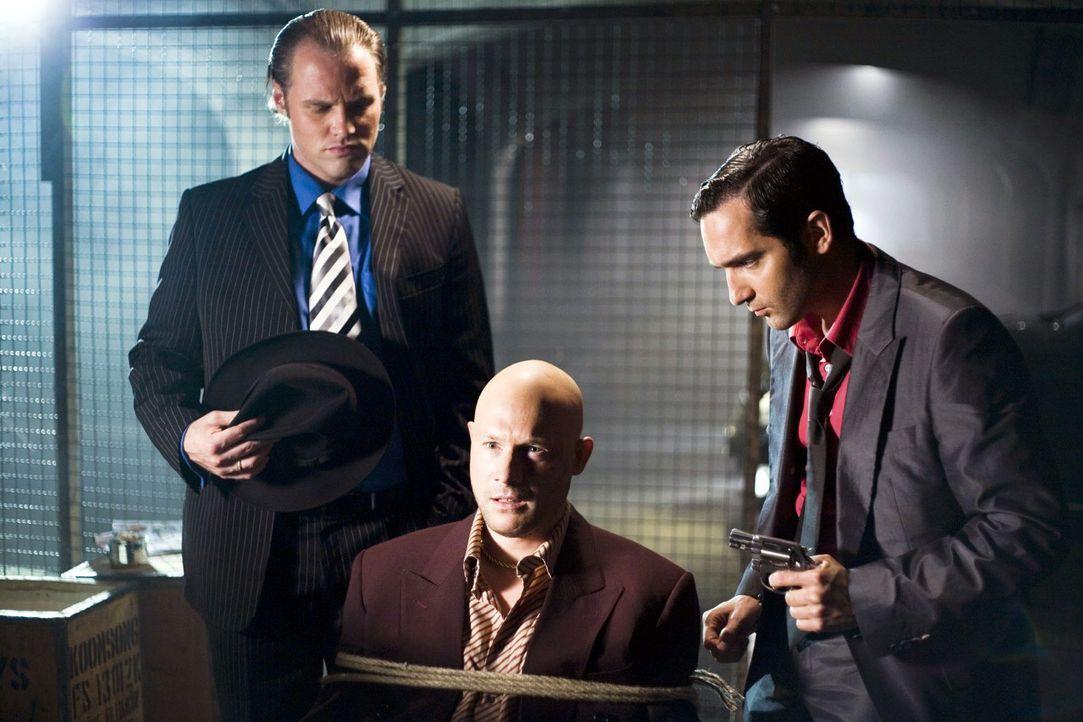 Auch die Mafiosi Vittorio und Paolo sind in dieser Woche ins Hotel geladen, und zwar zum großen Mafia-Familien-Treffen. Für Don Luca haben sich die... - Bildquelle: Guido Engels Sat.1