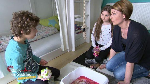 Klinik Am Südring - Die Familienhelfer - Klinik Am Südring - Die Familienhelfer - Destroy Boy
