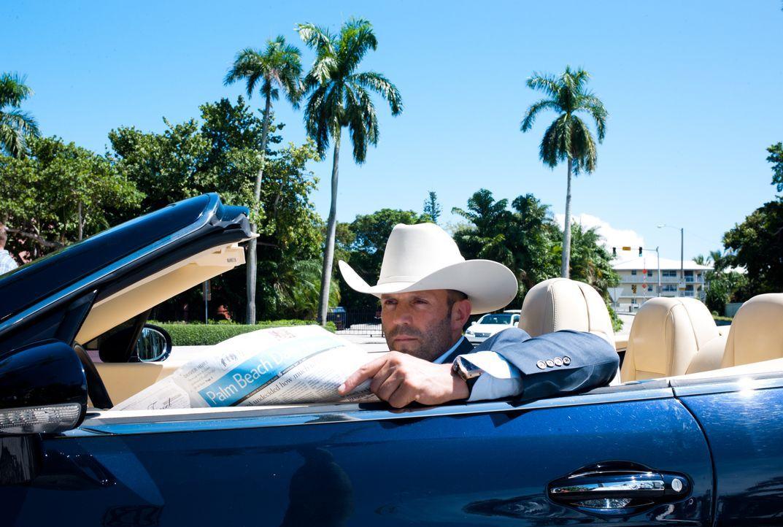 Angeblich will Parker (Jason Statham) die Lage besser kennenlernen, doch seine Spritztouren durch Palm Beach haben in Wirklichkeit einen anderen Gru... - Bildquelle: Jack English 2013 Constantin Film Verleih GmbH / Jack English
