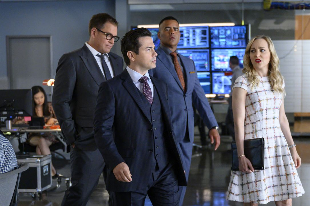 (v.l.n.r.) Dr. Jason Bull (Michael Weatherly); Benny Colón (Freddy Rodriguez); Chunk Palmer (Christopher Jackson); Marissa Morgan (Geneva Carr) - Bildquelle: David Giesbrecht 2019 CBS Broadcasting, Inc. All Rights Reserved / David Giesbrecht