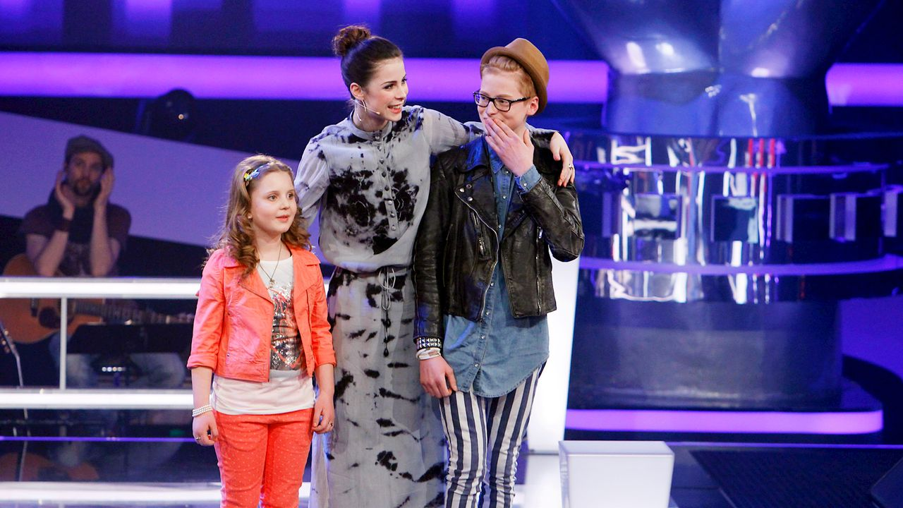 The-Voice-Kids-epi05-Aulona-Tim-2-SAT1-Richard-Huebner - Bildquelle: SAT.1/Richard Hübner
