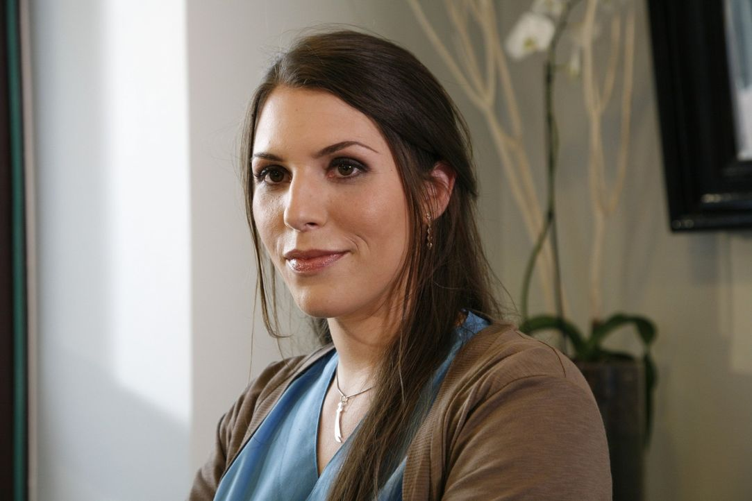 Dr. Hülya Gül (Eva-Maria Reichert) - Bildquelle: Mosch Sat.1
