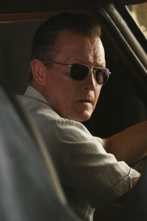 Cabe (Robert Patrick) bringt sich und sein Team in Lebensgefahr, als er einer alten Bekannten dabei helfen möchte, serbische Kriegsverbrecher zu ste... - Bildquelle: Monty Brinton 2015 CBS Broadcasting, Inc. All Rights Reserved.