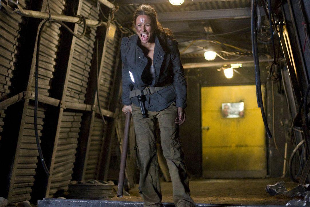 In den dunklen Tiefen des Bergwerks beginnt für Nina (Liane Forestieri) und ihre Freunde ein gnadenloser Wettlauf mit der Zeit ... - Bildquelle: ProSieben