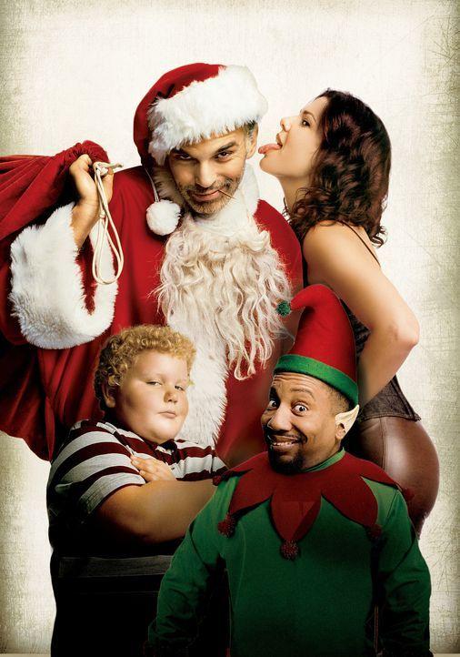 Willie T. Soke (Billy Bob Thornton, h.l.), Alkoholiker und Santa Claus in einem Einkaufszentrum, raubt mit seinem kleinwüchsigen Kollegen Marcus (To... - Bildquelle: 2006 Sony Pictures Television International.