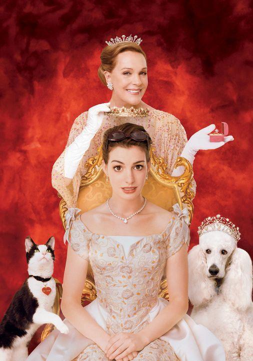 Plötzlich Prinzessin 2: Da ihre Enkelin nun im krönungsfähigen Alter ist, möchte die Königin (Julie Andrews, hinten), zu Gunsten ihrer Enkelin... - Bildquelle: Disney Enterprises, Inc. All rights reserved