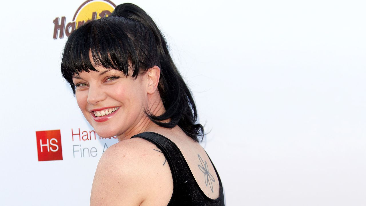 pauly-perrette-11-06-25-tattoo-getty-AFP - Bildquelle: getty-AFP