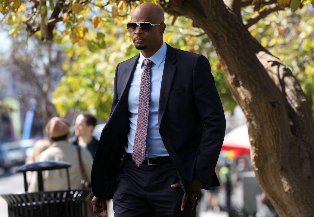 Als Avery aufgrund seiner Kandidatur in der Politik von seiner Position als LAPD-Captain zurücktritt, wird für Murtaugh (Damon Wayans) ein Traum wah... - Bildquelle: Warner Brothers