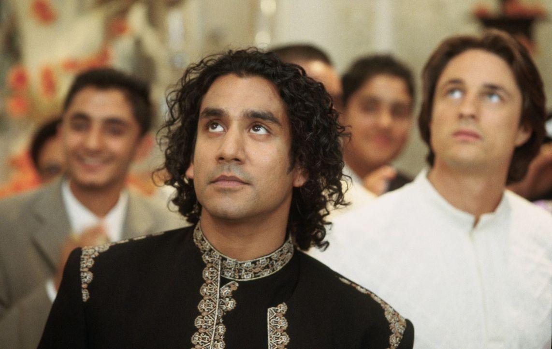 Als eines Tages Balraj (Naveen Andrews) aus London in den Ort kommt, um eine Hochzeitsfeier zu besuchen, scheint für die älteste Tochter Jaya der id... - Bildquelle: Miramax Films