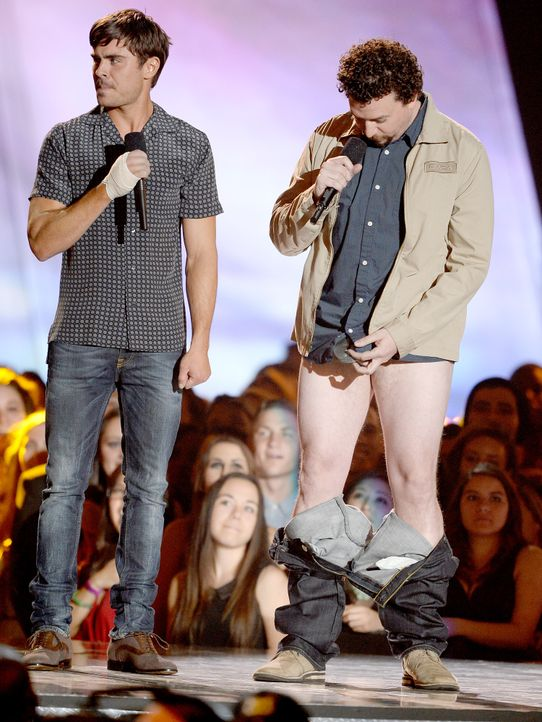 mtv-movie-awards-130414-Zac-Efron-Danny-McBride-getty-AFP - Bildquelle: getty-AFP