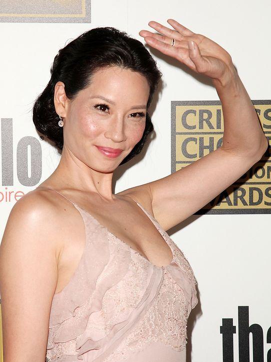 Lucy-Liu-12-06-18-WENN - Bildquelle: Brian To/WENN.com