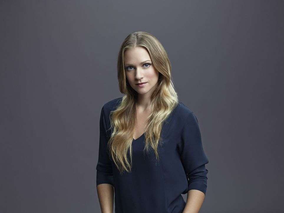 """(10. Staffel) - Mitglied der B.A.U., einer FBI-Einheit, die sich mit verhaltensauffälligen Tätern beschäftigt:  Jennifer """"J.J."""" Jareau (A.J. Cook) .... - Bildquelle: Cliff Lipson ABC Studios"""