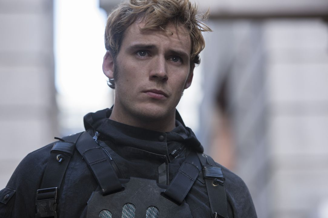 Lässt sich auf ein Himmelfahrtskommando: Finnick (Sam Claflin) ... - Bildquelle: Murray Close TM & © 2015 Lions Gate Entertainment Inc. All rights reserved. / Murray Close