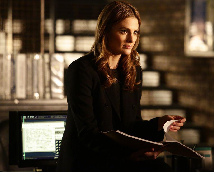 Beckett (Stana Katic) und Castle werden in ein gefährliches Spiel russischer Politik hineingezogen ... - Bildquelle: Nicole Wilder 2016 American Broadcasting Companies, Inc. All rights reserved.