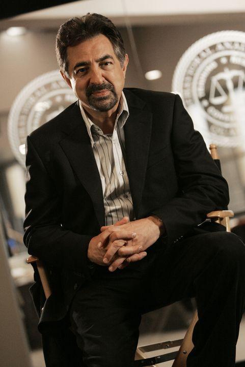 (5. Staffel) - Mitglied der B.A.U., einer FBI-Einheit, die sich mit verhaltensauffälligen Tätern beschäftigt: Supervisory Special Agent David Rossi... - Bildquelle: Touchstone Television