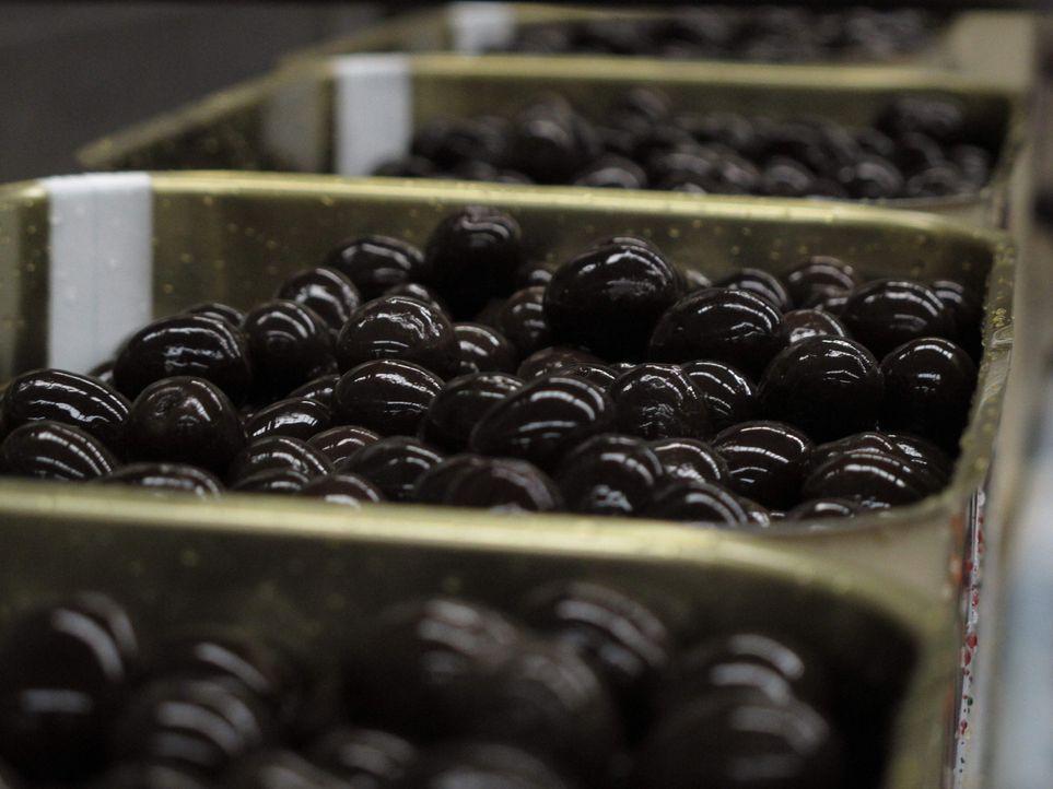 Der große Waren-Check - Wissen, was drin ist: Wo liegt der Unterschied zwischen grünen und schwarzen Oliven? - Bildquelle: SAT.1