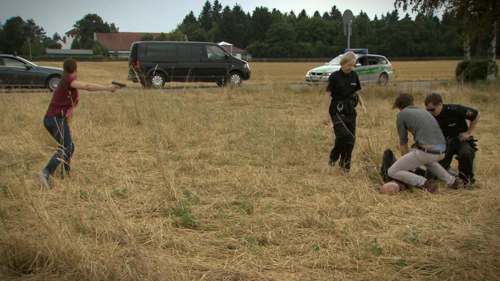 Ausnahmezustand-Ein-Polizist-sieht-rot__Bild15 - Bildquelle: SAT.1