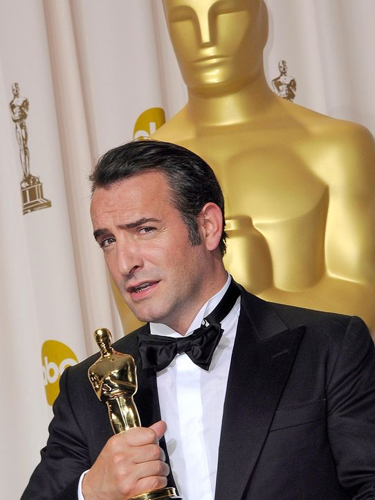 Jean-Dujardin-The-Artist-12-03-02-dpa - Bildquelle: Paul Buck/picture alliance / dpa