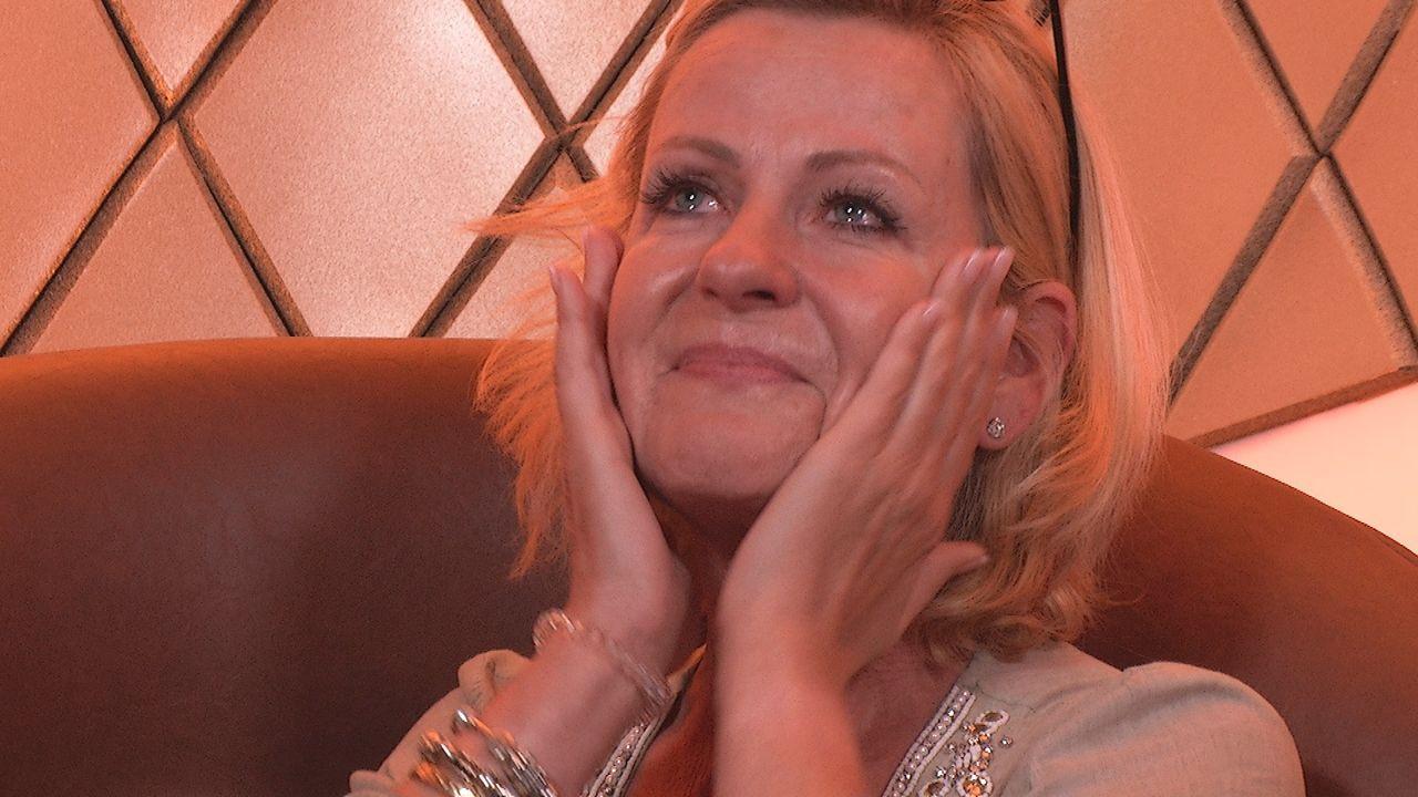 Show9_Tränen Anja3 - Bildquelle: SAT.1