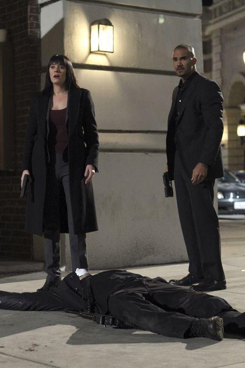 Ermitteln in einem neuen Fall: Prentiss (Paget Brewster, l.) und Morgan (Shemar Moore, r.) ... - Bildquelle: ABC Studios