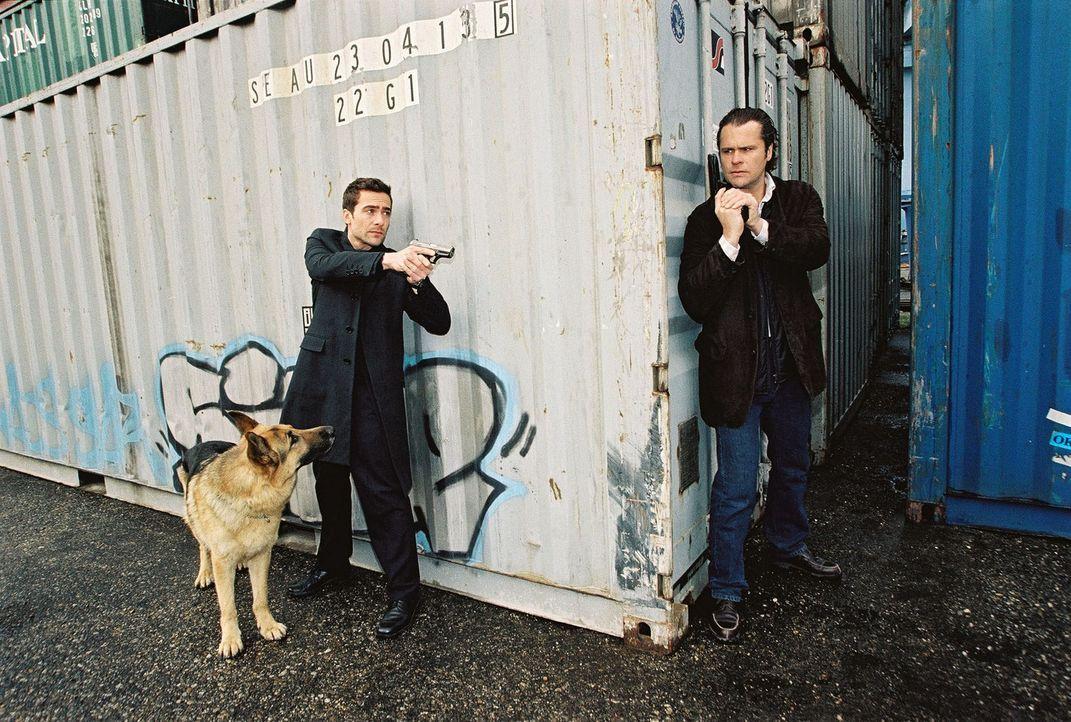 Rex und Marc (Alexander Pschill, l.) sind Possling (Christoph Gareisen, r.) dicht auf den Fersen. - Bildquelle: Sat.1