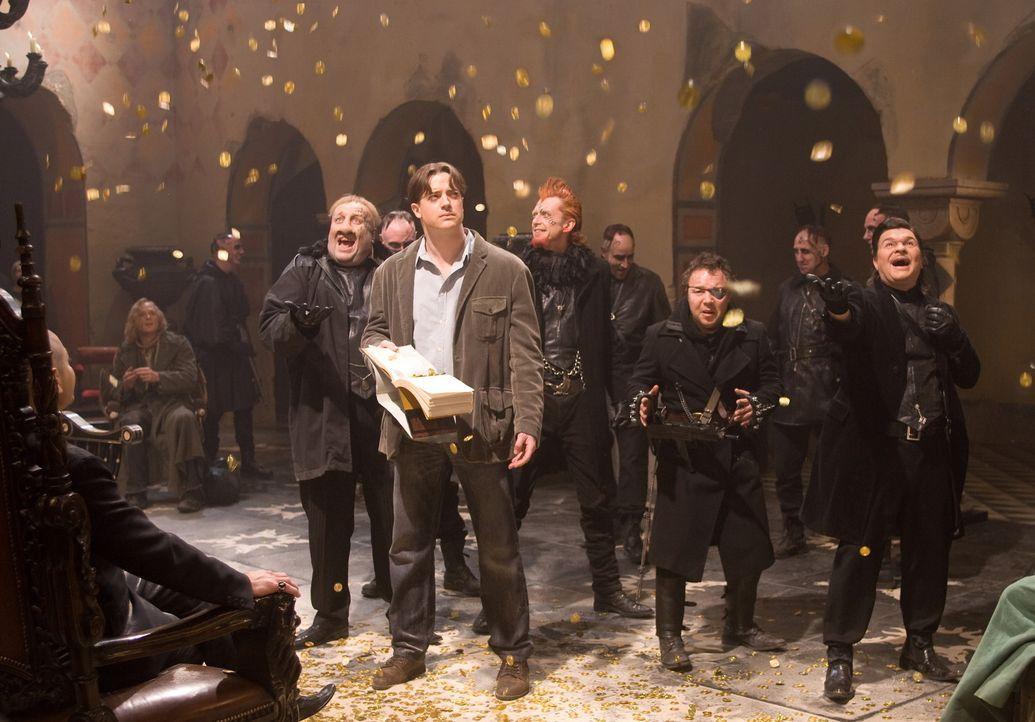 """In Capricorns (Andy Serkis, l.) Festung wird Mo (Brendan Fraser, M.) dazu gezwungen, mit Hilfe seiner besonderen Gabe, die Schätze aus dem Buch """"Ta... - Bildquelle: Warner Brothers"""