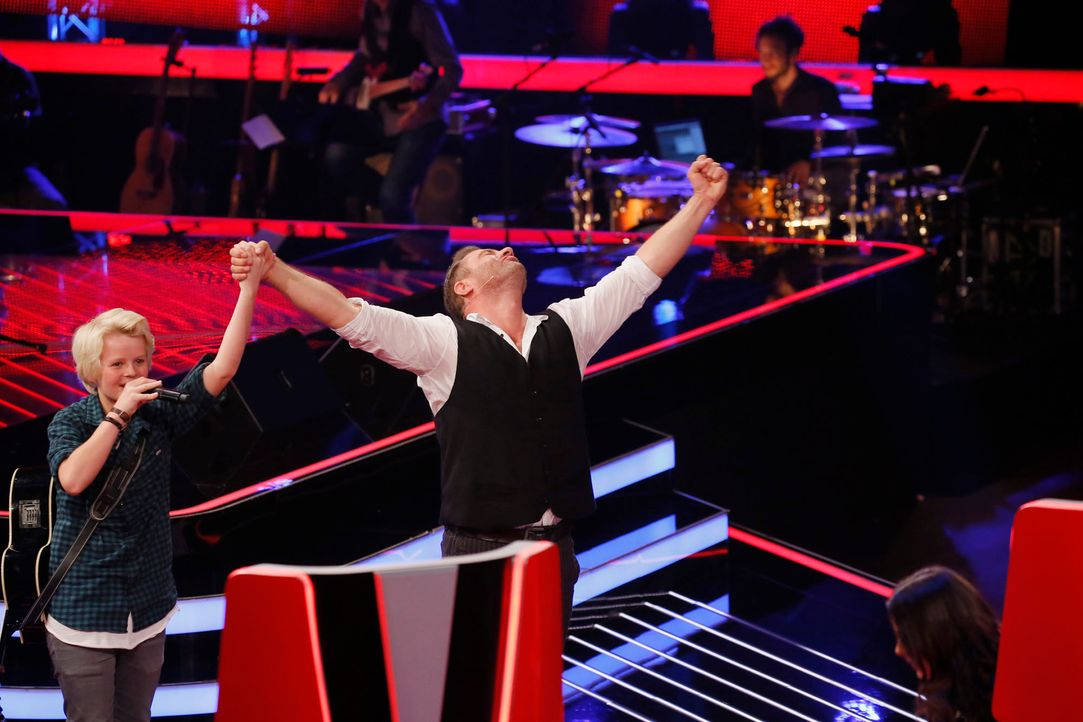 The-Voice-Kids-s04e02-Felix-1-SAT1-Richard-Huebner - Bildquelle: © SAT.1/ Richard Hübner