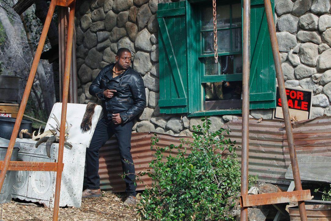 Im Wald bei Quantico wird ein toter Mann gefunden, dem die rechte Gesichtshälfte in Fetzen herunter hängt. Coopers (Forest Whitaker) Team beauftragt... - Bildquelle: ABC Studios
