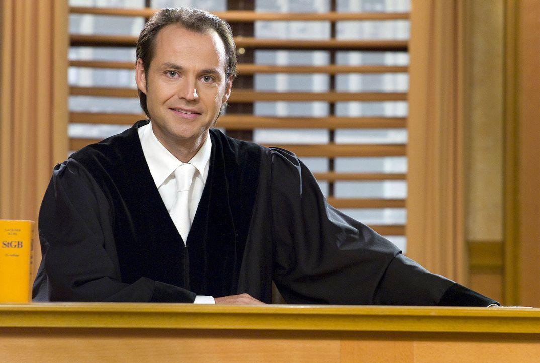 Staatsanwalt Bernd Römer - Bildquelle: Sat.1