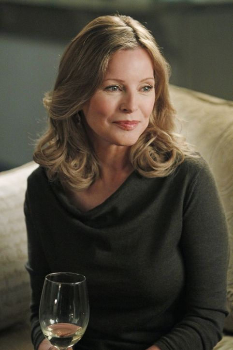 Das NCIS-Team ist gerade mit Duckys romantischen Ausflügen mit Mary Courtney (Cheryl Ladd) beschäftigt, als es auf eine grausame Tat stößt. Sofo... - Bildquelle: CBS Television