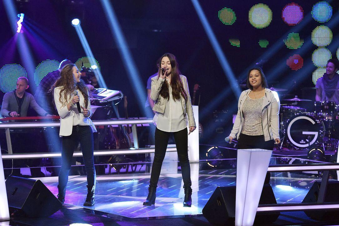 The-Voice-Kids-Stf03-Epi06-Auftritte-36-MollySue-Joli-Renee-SAT1-Andre-Kowalski - Bildquelle: SAT.1/Andre Kowalski