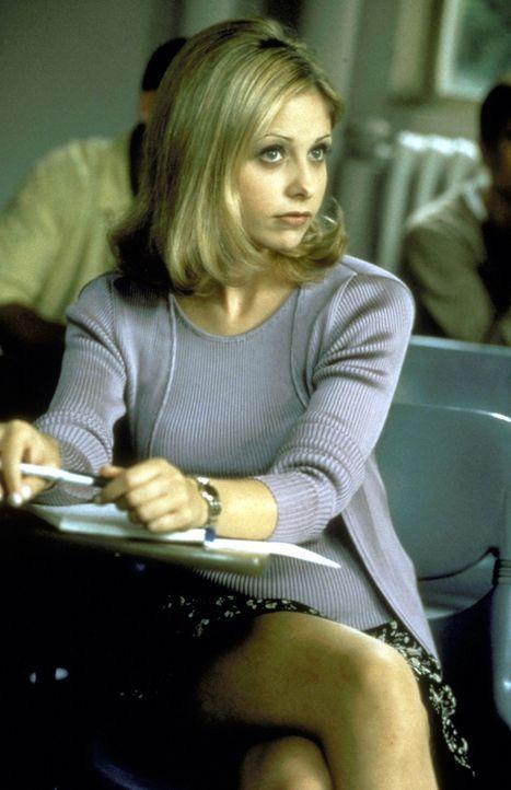 Die smarte Cic Cooper (Sarah Michelle Gellar) studiert am Windsor College ... - Bildquelle: Kinowelt Filmverleih GmbH 1997