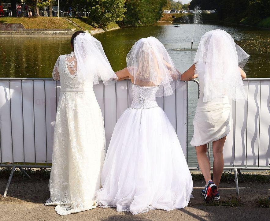 Hochzeitskleider-17-dpa - Bildquelle: dpa