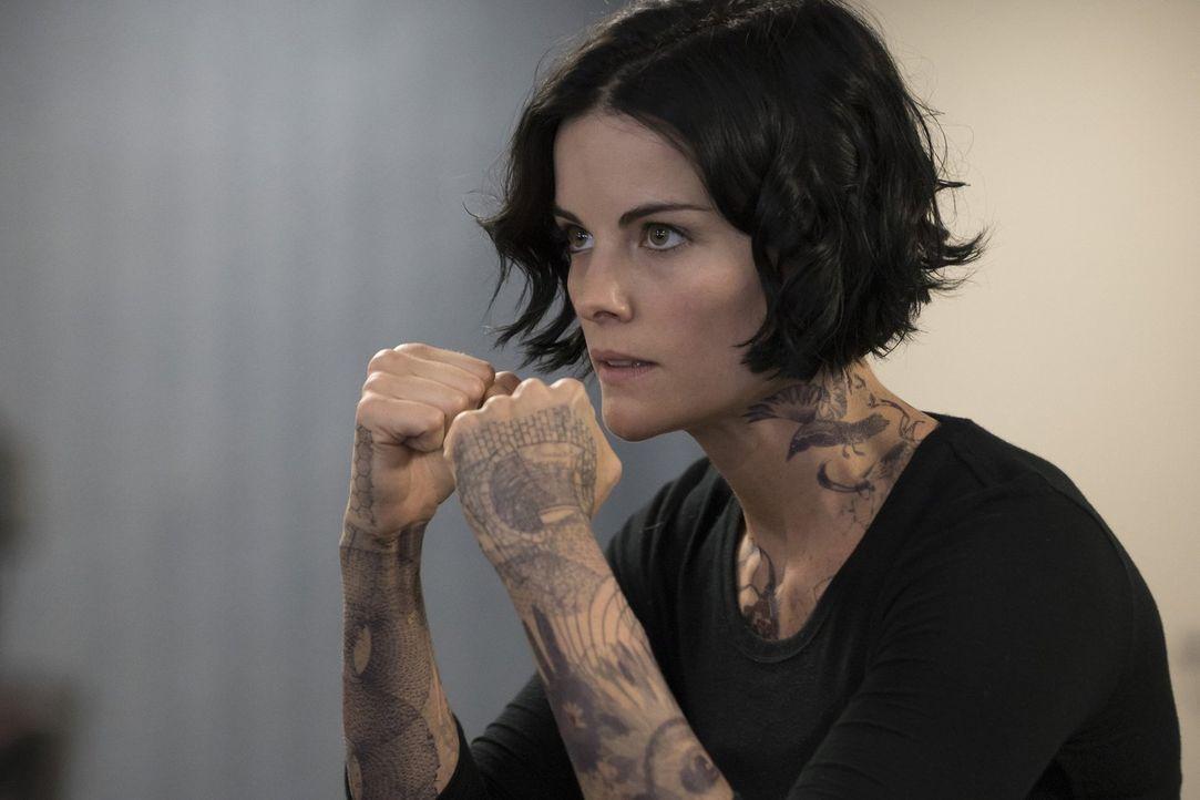 Sucht weiter nach ihrer Identität: Jane Doe (Jaimie Alexander) ... - Bildquelle: Warner Brothers